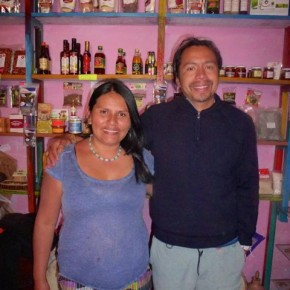 Karen who is from the Mochica culture and her husband Louise from Ica have two unique shops  Mochica in Pisaq. One is close to the plaza offering handicrafts, crystals and silver jewellery and other mystical products.   The other sells organic food, cosmetics, Peruvian super foods and herbal remedies.